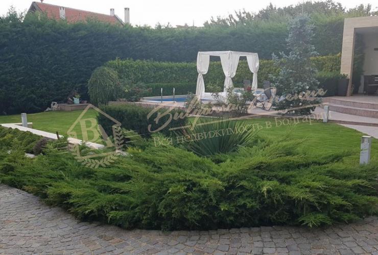 Дом класса люкс - расположен в Варне