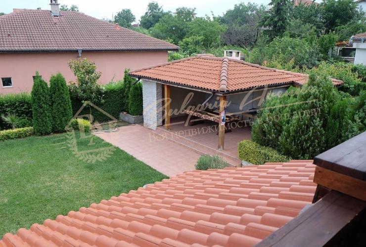 Дом продается полностью меблированным