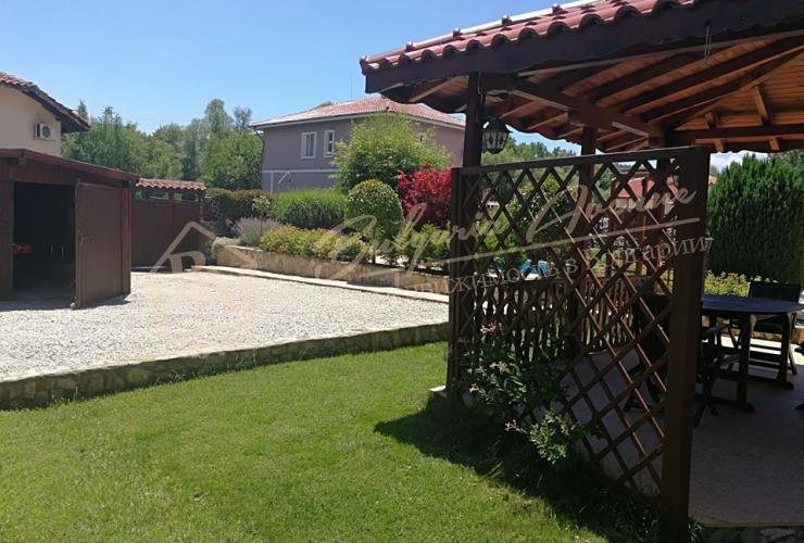 Недвижимость в Болгарии - домик в деревне Осеново