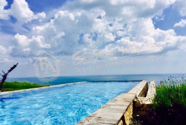 Дом на первой линии с панорамой на море, г.Балчик