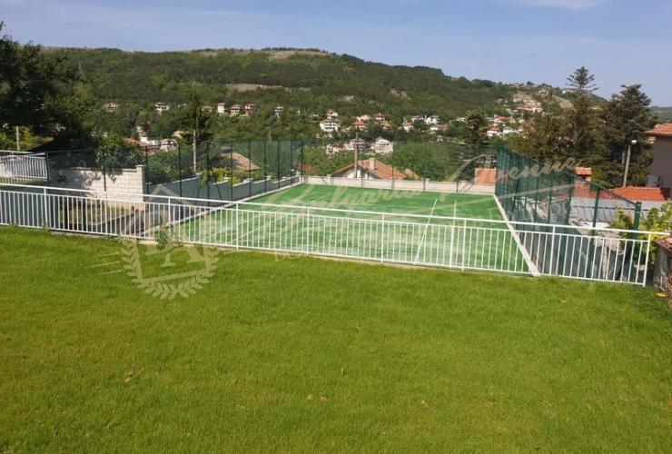 теннисным корт