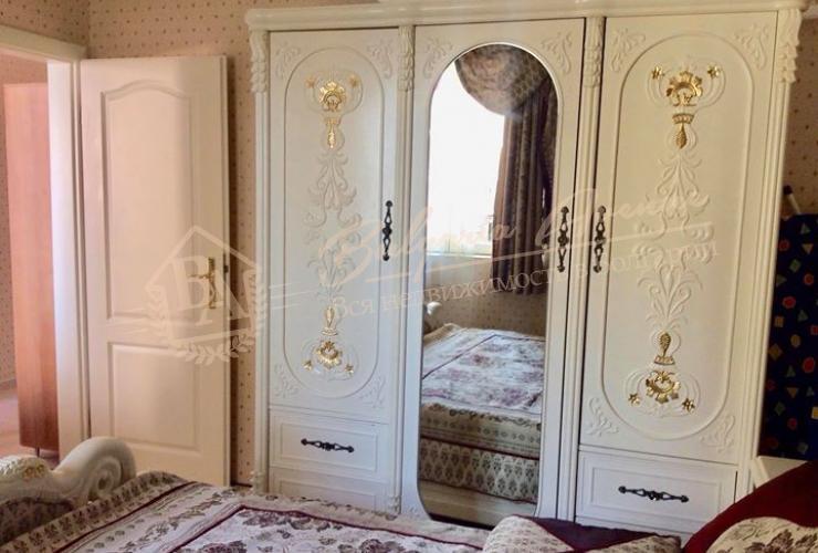Квартира с хорошей мебелью с 1 спальней, 1 линия