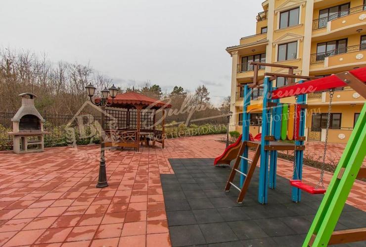 Детская площадка Флора Бийч Резорт/ Flora Garden Beach в г.Поморие